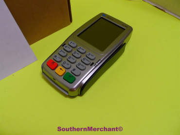 Picture of Verifone VX820 Pin Pad Contactless Card Reader with Smart Card Terminal